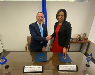 Acuerdo becas OEA-Structuralia